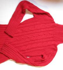Élénk piros kötött pulcsi garbós