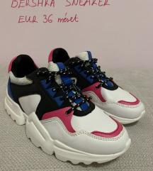 bershka sneaker cipő