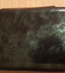 Sötétzöld márvány mintás hiányos manikűr készlet