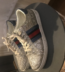 Gucci csillogó cipő