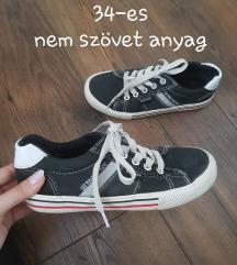 Vagány 34-es tornacipő