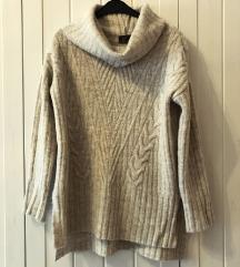 Oversize garbós bézs kötött pulcsi