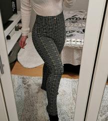 Bershka magasderekú sztreccs nadrág