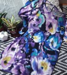 Pixel virágos ruha