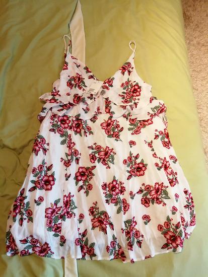 Új címkés H&M ruha 44