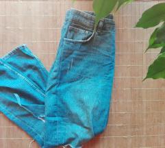 Szagatott boyfriend jeans