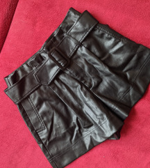 ZARA műbőr rövidnadrág