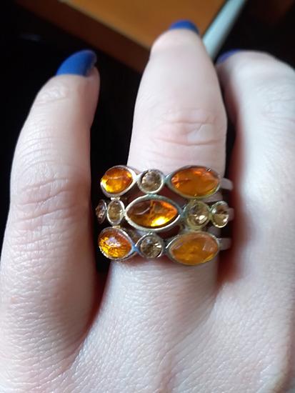 Borostyán köves gyűrű