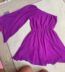 lila félvállas ruha