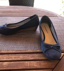 Kék telitalpú nyári cipő