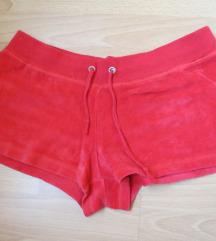Piros plüss rövidnadrág