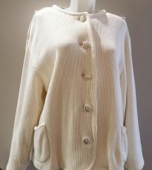 Vajszínű puli kabát