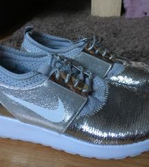 Egyedi nike cipő