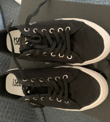 Karl lagerfeld fekete tornacipő