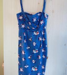 Élénk kék virágmintás ruha
