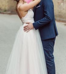 Egyedi púder-törtfehér színű menyasszonyi ruha