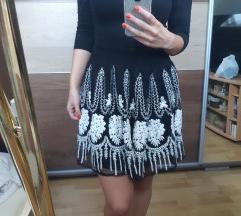 Zara hímzett szoknya