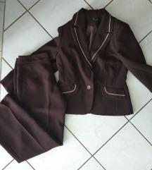 Csokibarna nadrágos kosztüm