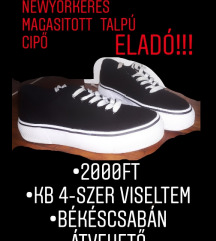Magastalpú fekete cipő
