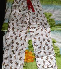 Szarvasos pizsama