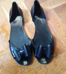 Fekete, masnis cipő - KIÁRUSÍTÁS
