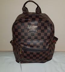 Louis Vuitton hátizsák / táska