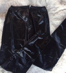 Új lakk nadrág