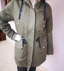 Khaki zöld szőrmés téli kabát