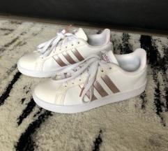 Adidas Eredeti Cloudfoam Cipő 38-as