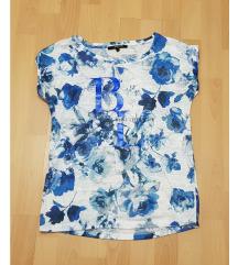 Rózsamintás kék póló 💙 Reserved