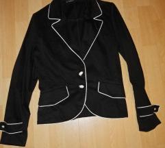 fekete kosztüm