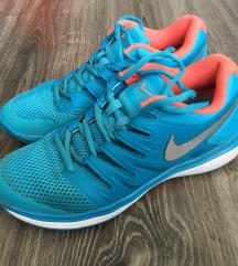 Tenisz cipő