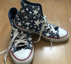 magasszárú csillagos Converse cipő