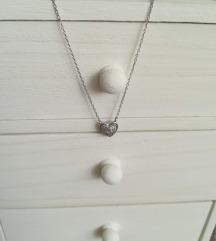 Szives köves ezüst nyaklánc