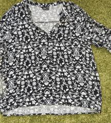 Fekete-fehér mintás blúz 40