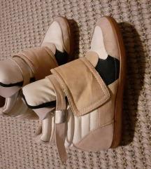Bershka cipő rejtett platform talppal