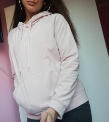 Halvány rózsaszín kapucnis pulcsi