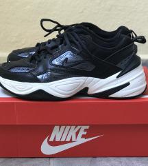 Nike M2K tekno essential 👟🖤
