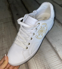 Új cipő Guess eredeti