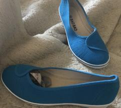Flip on cipő