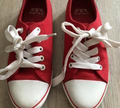 Retro cipő 35