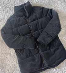 Pufi fekete kabát