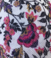 Virágos kötött póló