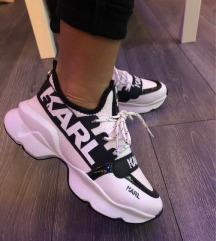 Karl cipő