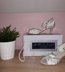 Mary White hófehér szatén szandál eladó