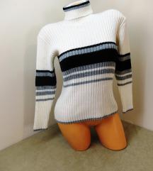 Fehér csíkos kötött garbós pulóver pulcsi