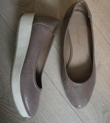 Ccc-ben vásárolt újszerű cipő