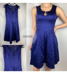 Cue kék ruha
