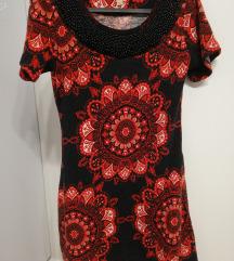 Smash piros - fekete virágmintás, gyöngyös ruha