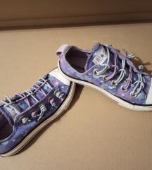 Converse kislány 31-es tornacipő